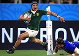 Cheslin Kolbe scores his second try for South Africa v Italy at World Cup