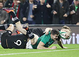 Jacob Stockdale scores a try for Ireland v New Zealand