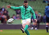 Rob Kearney warms up for Ireland
