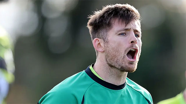 Ross Byrne at an Ireland training session